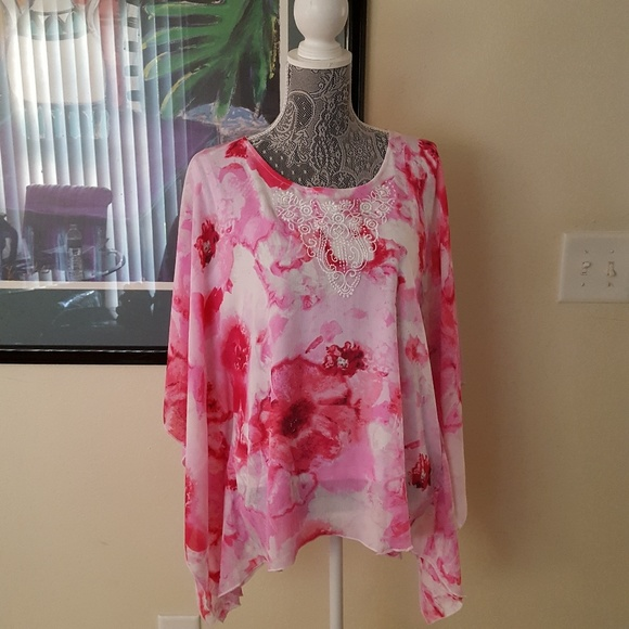 Allison Daley Tops Pink And White Top Poshmark